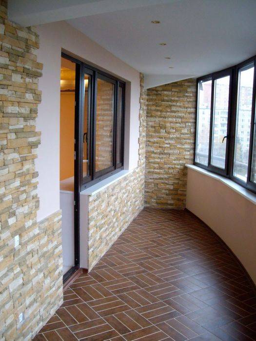 Внутренняя отделка балкон